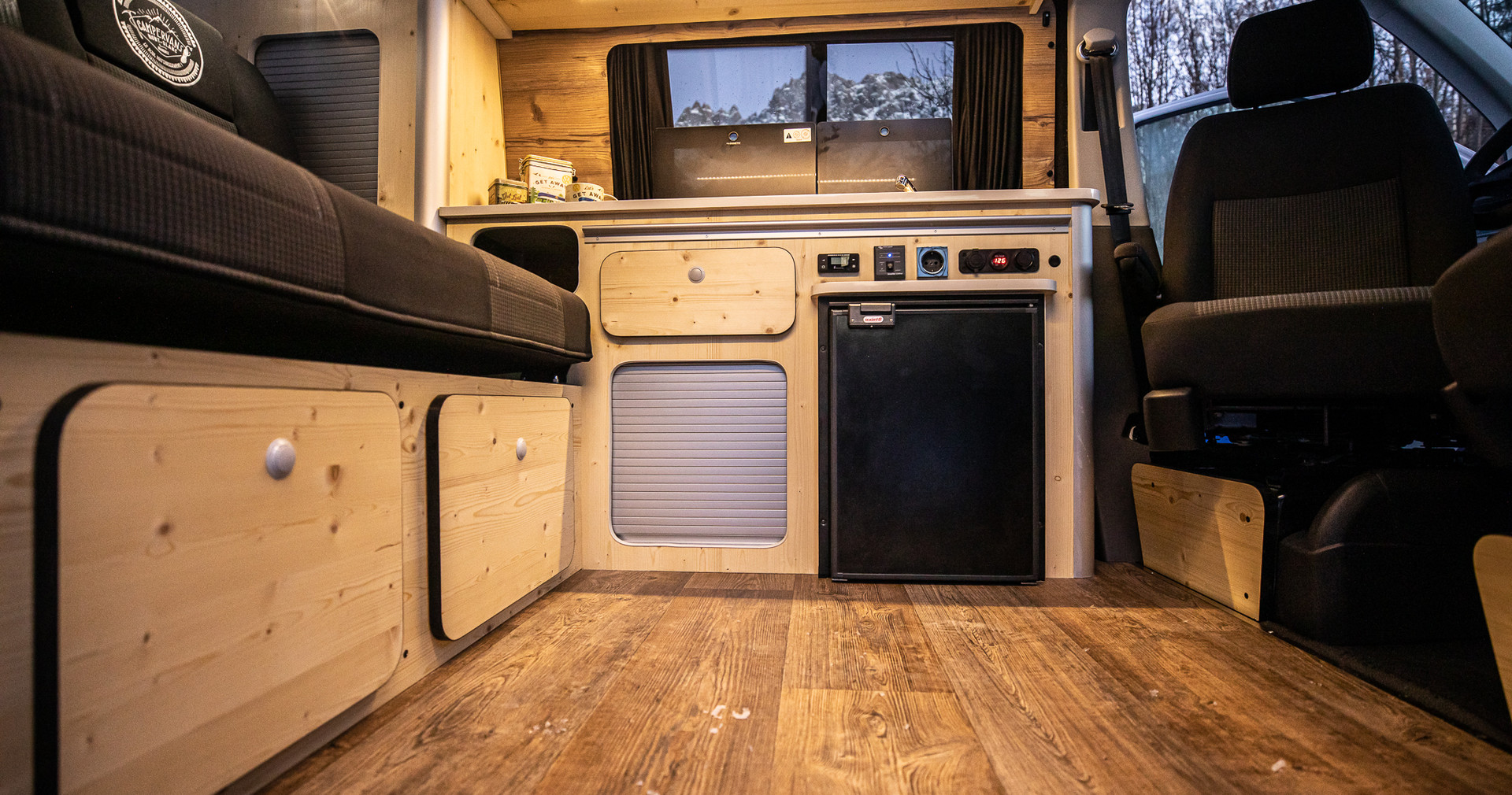 20201218_Basic van-9351.jpg