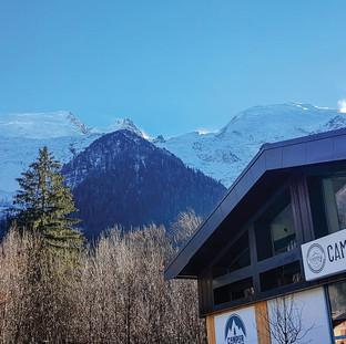 L'atelier, avec vue sur l'Aiguille du Midi et le glacier des Bossons