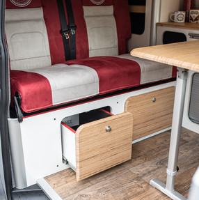 20210903_Split Van red silver-6143.jpg