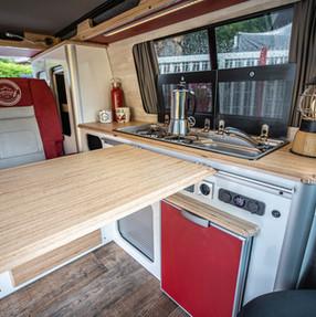 20210903_Split Van red silver-5064.jpg