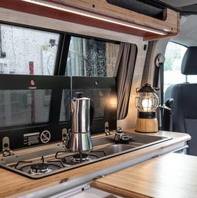 20210903_Split Van red silver-6157.jpg
