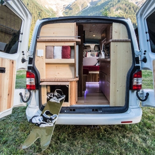 CAMPERVANS-MONT-BLANC-MB-1.2-compressor.