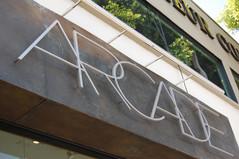 Arcade - Signage.jpe