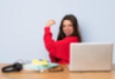 teenager-student-girl-studying-table-doi
