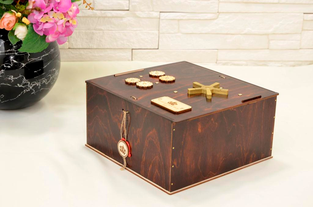 Подарочный набор-сейф. Проект для банковской отрасли