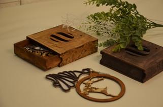 Деревянная шкатулка для игрушек.jpg