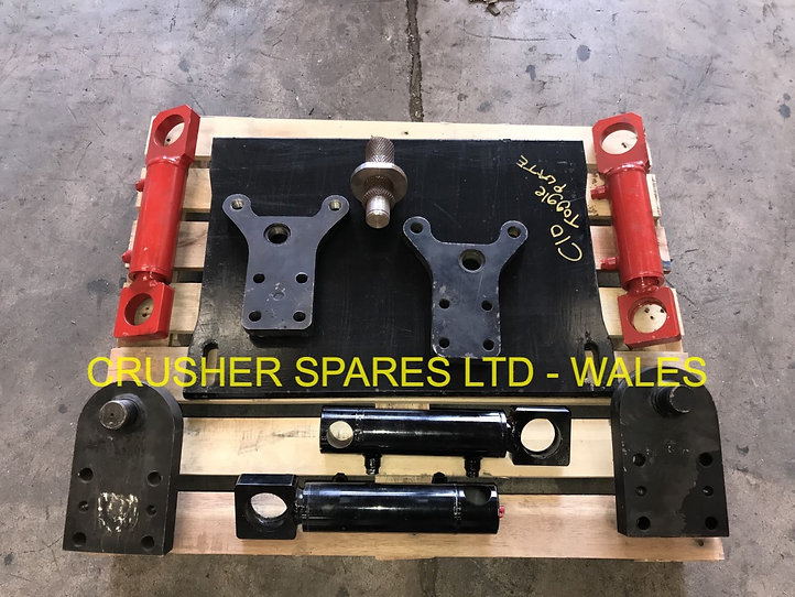 C10 TOGGLE PLATE, RAMS, BRACKETS & BRACK