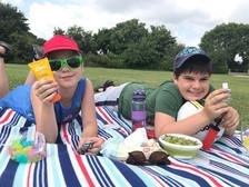 family picnic4.jpg