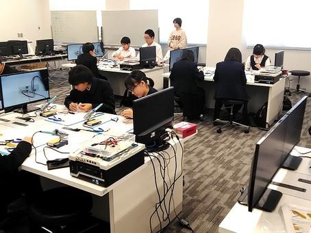 2019/10/30 札幌市立啓明中学校の24名の3年生に模擬授業を行いました