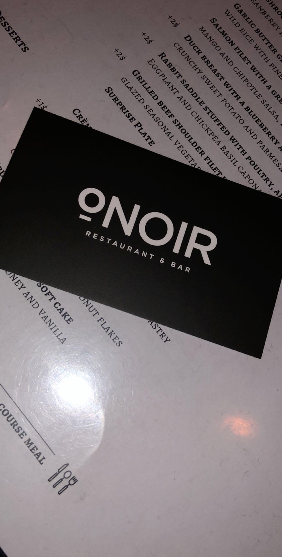 oNoir : It's Better In The Dark