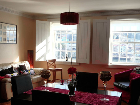 Apartment Located at center Oporto UNESCO heritage area, in front of Wine Caves