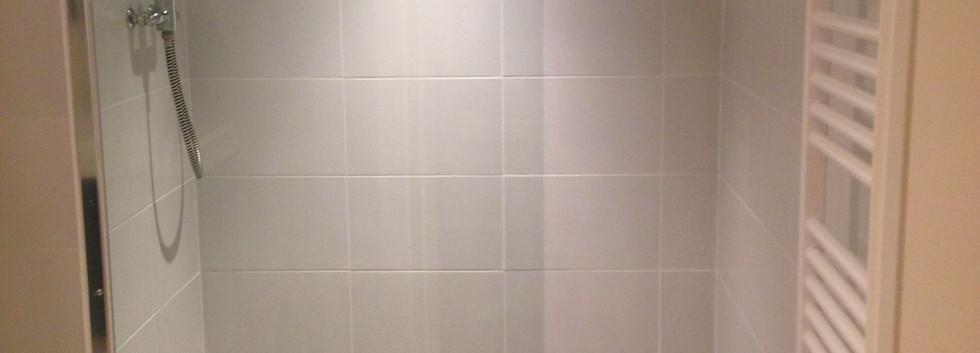 Douche de la chambre 5