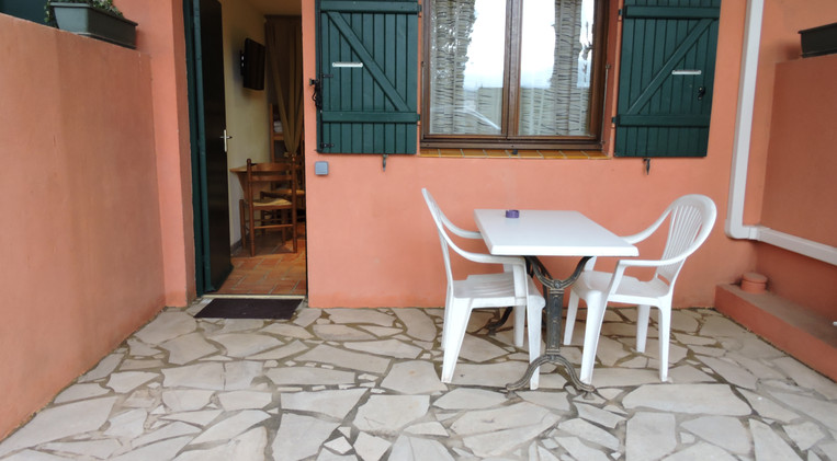 Terraza privada en la habitación 7 del Hotel La Casa Nova