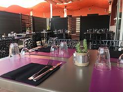 terrasse ombragée du restaurant pizzeria du fort de salses