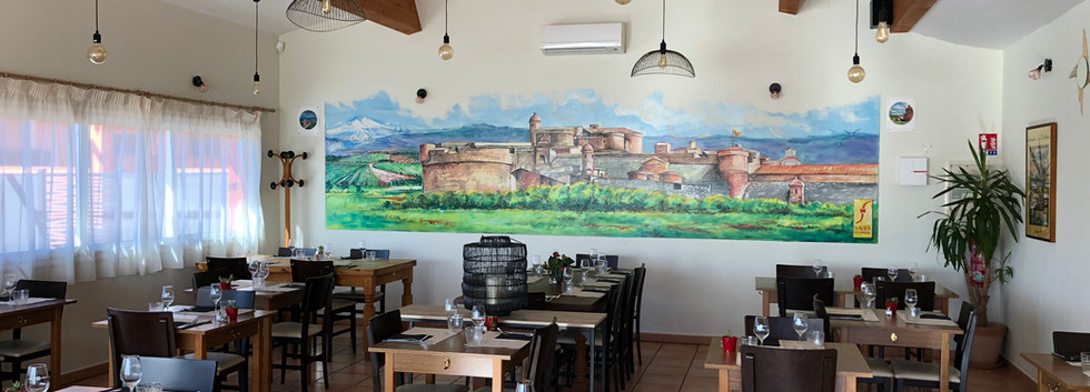 La grande salle du Restaurant Pizzéria du Fort de Salses