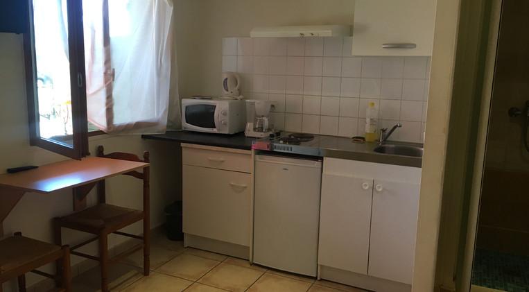 Cocina en la habitación 14 del Hotel La Casa Nova