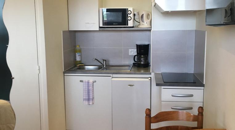 Cocina en habitación 9 del Hotel La Casa Nova