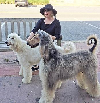 Barbara Bisou and Isabel in Montauk smal