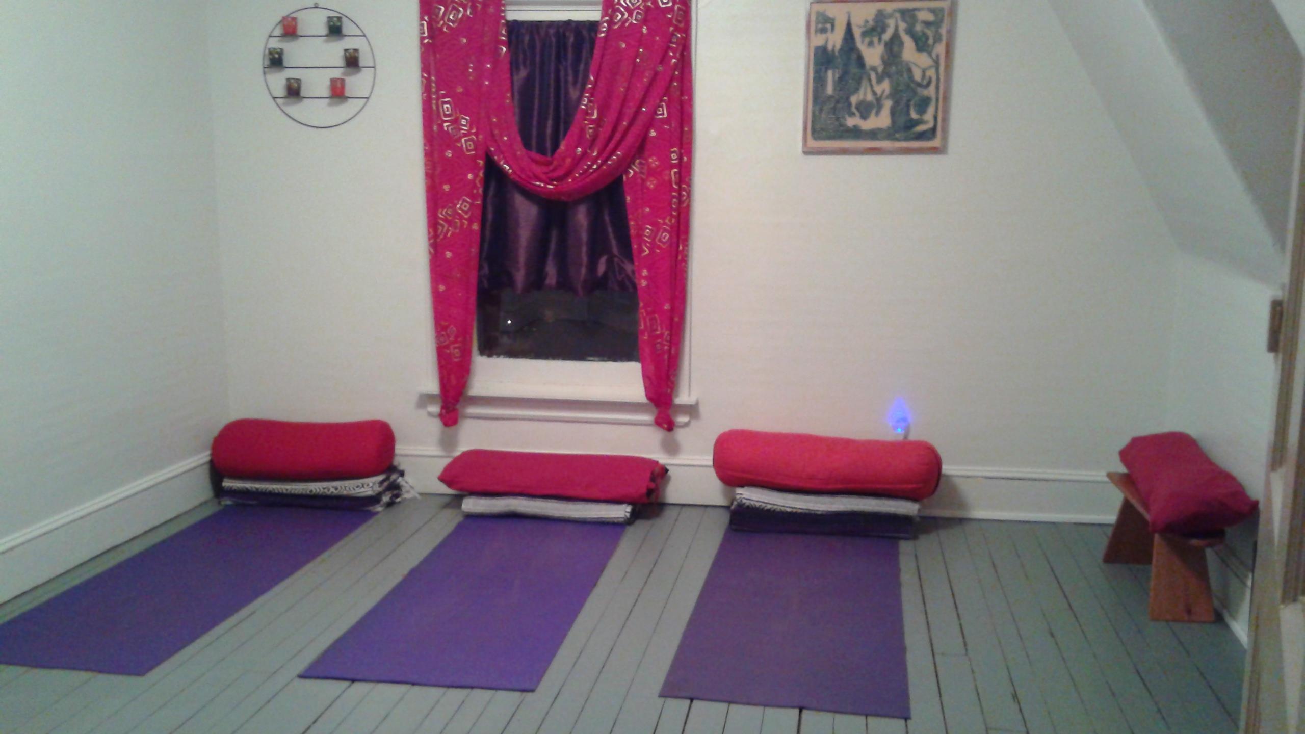 Yoga Room 002.jpg