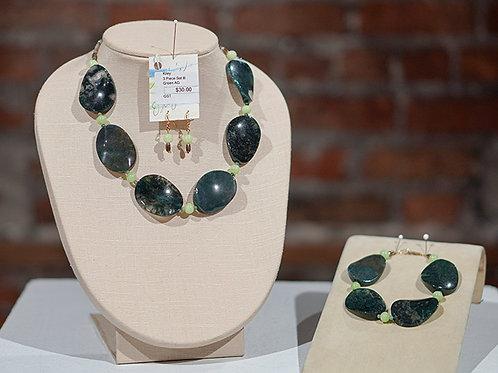 Necklace/Bracelet/Earrings set