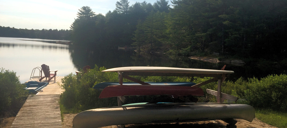 Explore the natural beauty of Little Lake by canoe, kayak, or stand-up paddleboard.