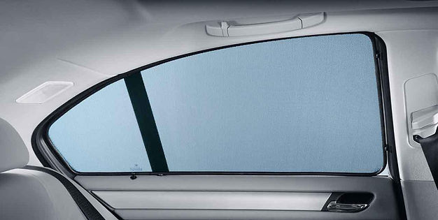 modern-concept-car-window-blinds-with-bl