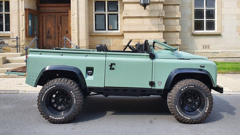 Topless Land Rover Defender