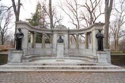 Richard M Hunt Memorial [2901]