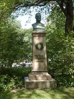 Victor Herbert [2701]