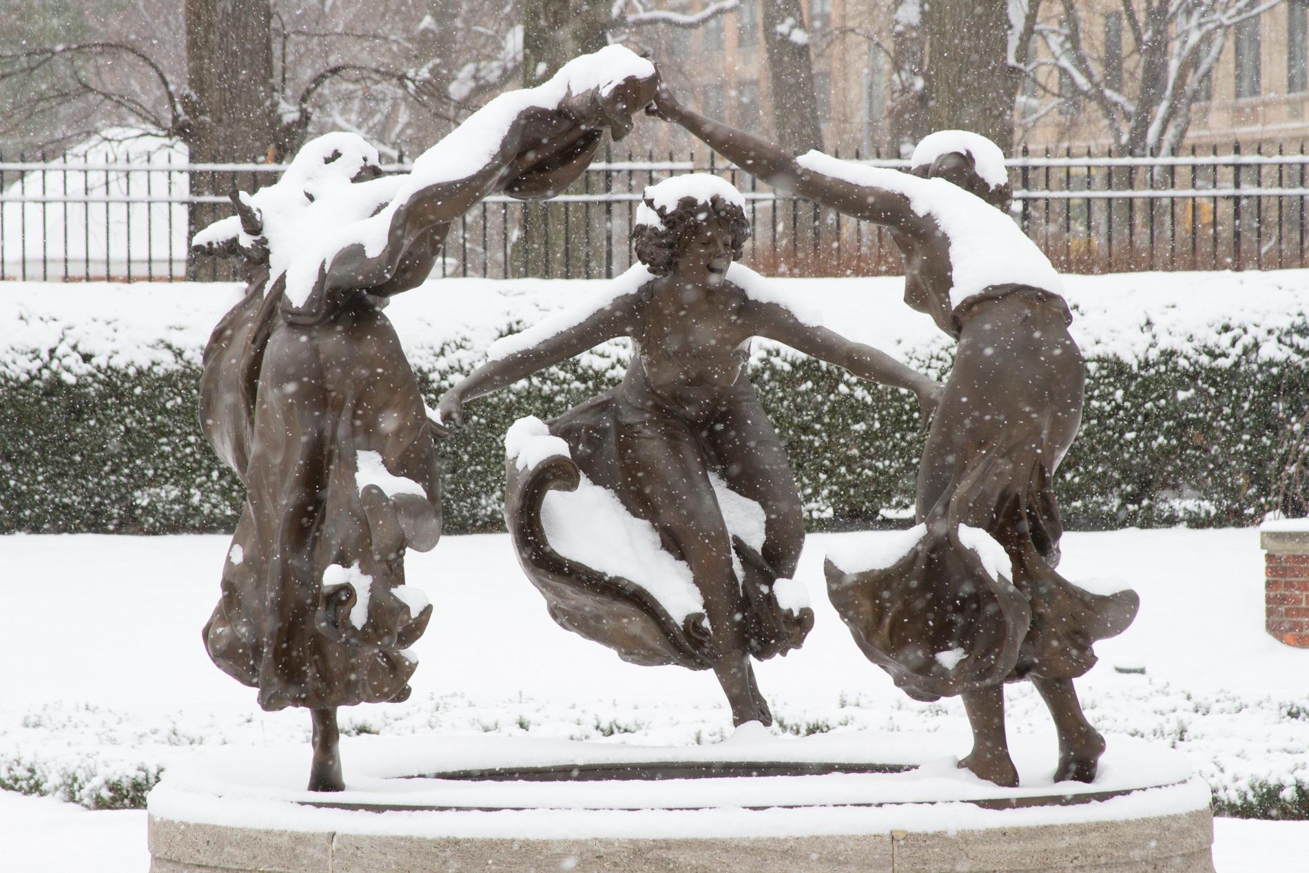 6405 Untermeyer Fountain