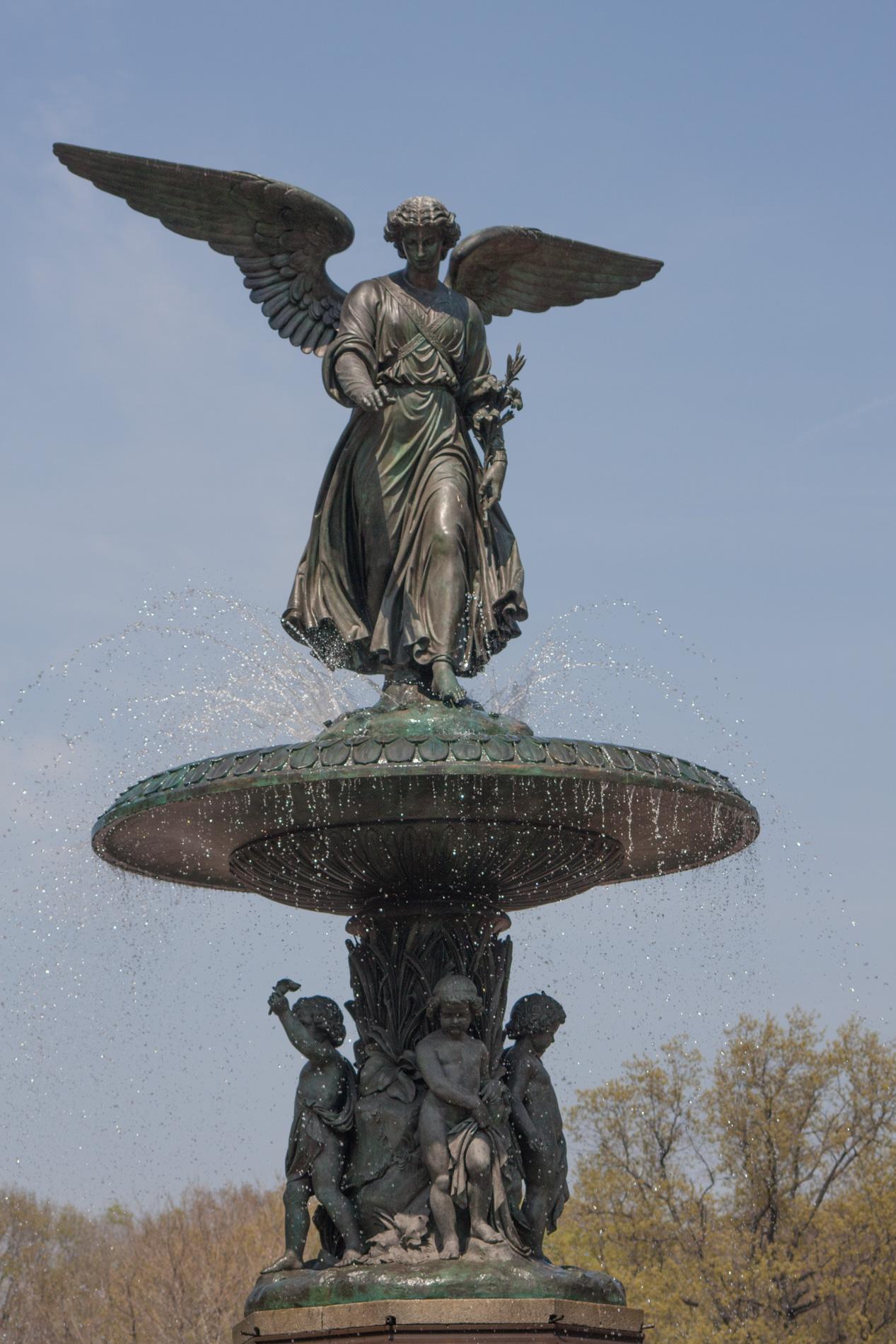 Bethesda Fountain [0806]