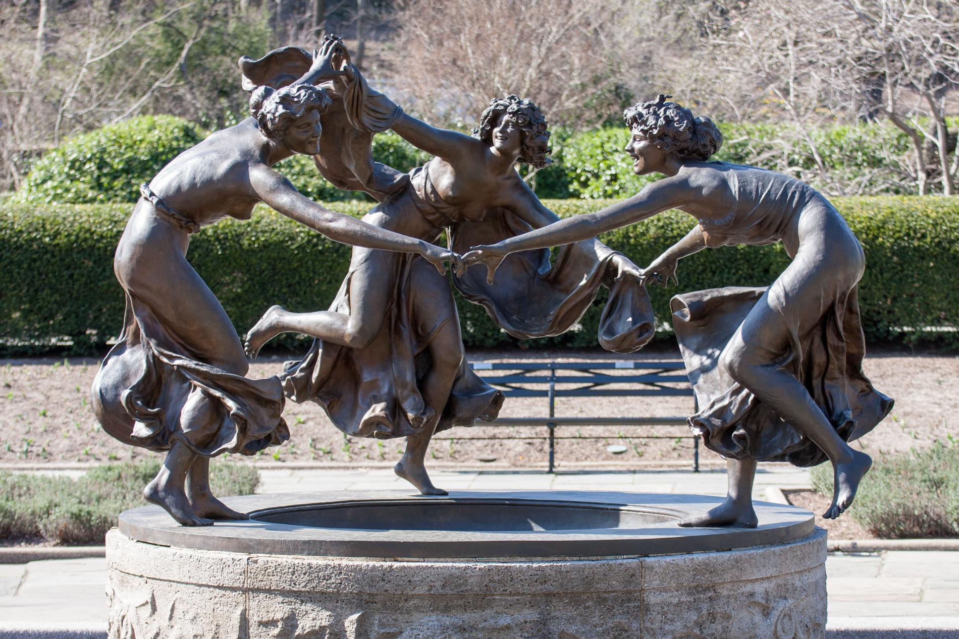 6406 Untermeyer Fountain