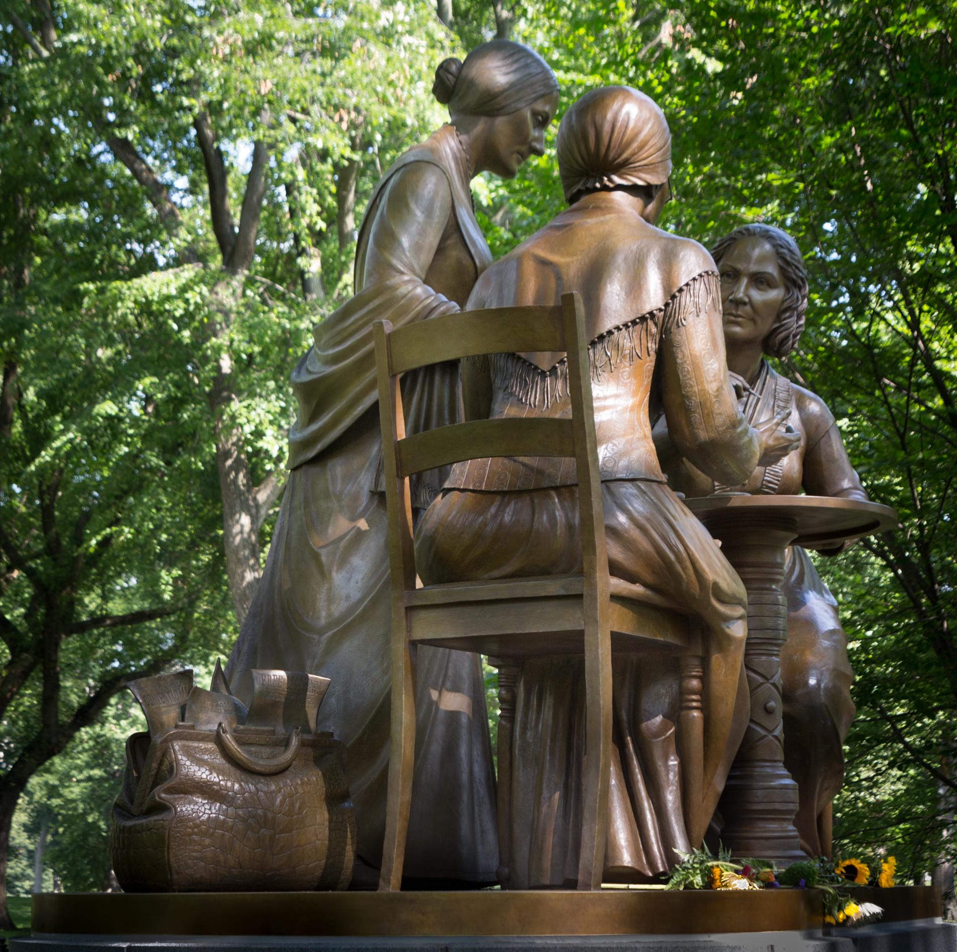 Women's rights pioneers [6709]
