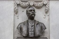 Richard M Hunt Memorial [2902]