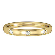 6243BVC1 9ct 2.5mm Yellow Gold - Three Diamonds