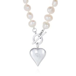 Signature Heart White Pearl Necklace CBN0157 £195