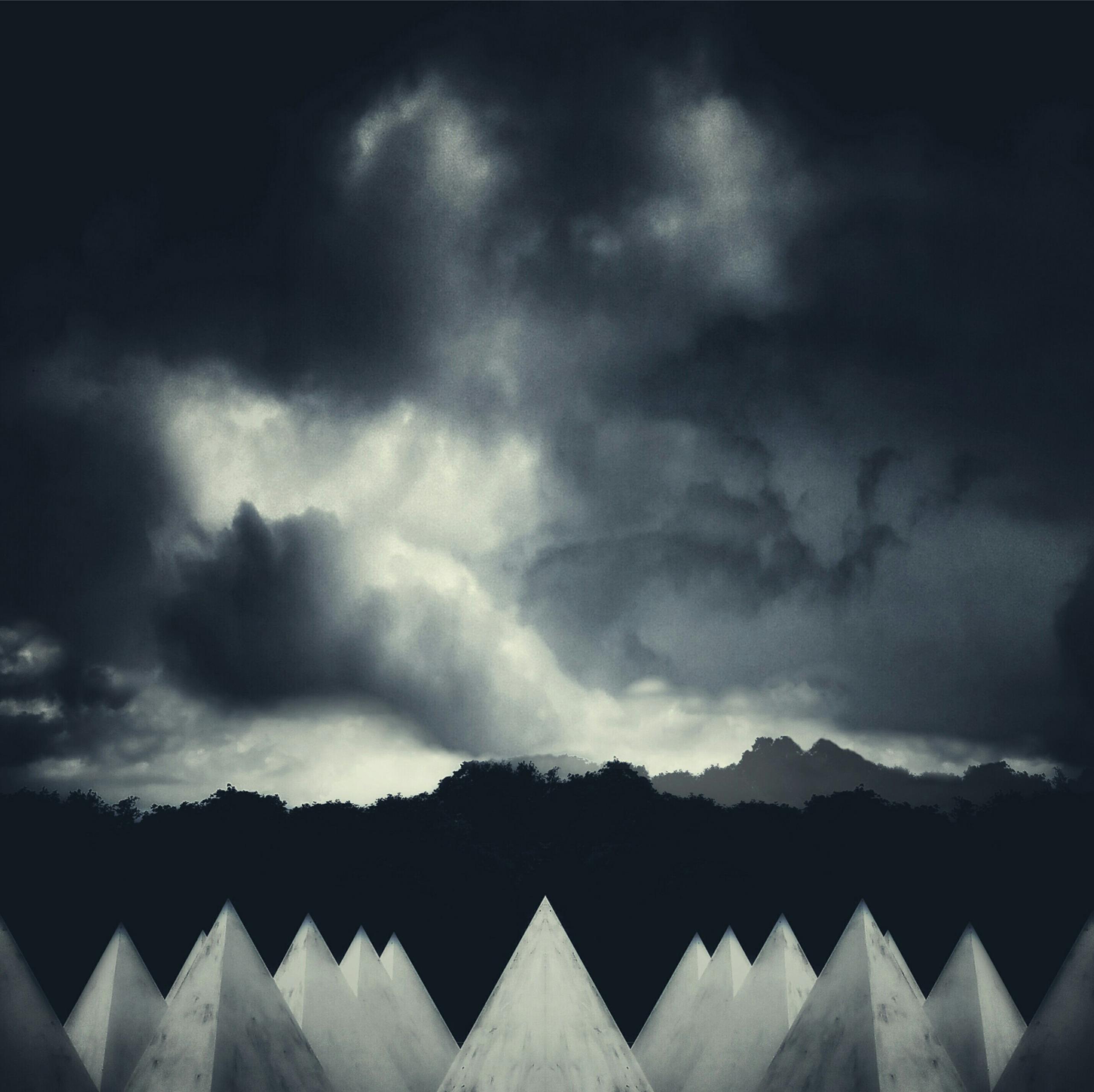 faux mountains