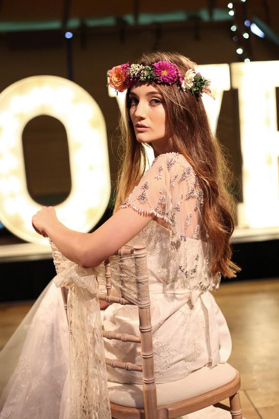 Tipi Wedding Bridal Portait Yvie McCormick 1