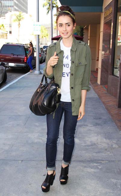 Lily Collins 莉莉·柯林斯