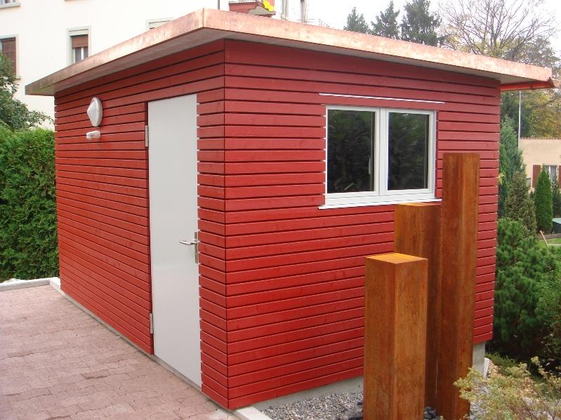 Gerätehaus rot