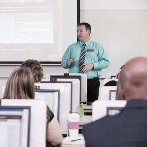 Kevin Steele presenting workshop in Valparaiso, IN