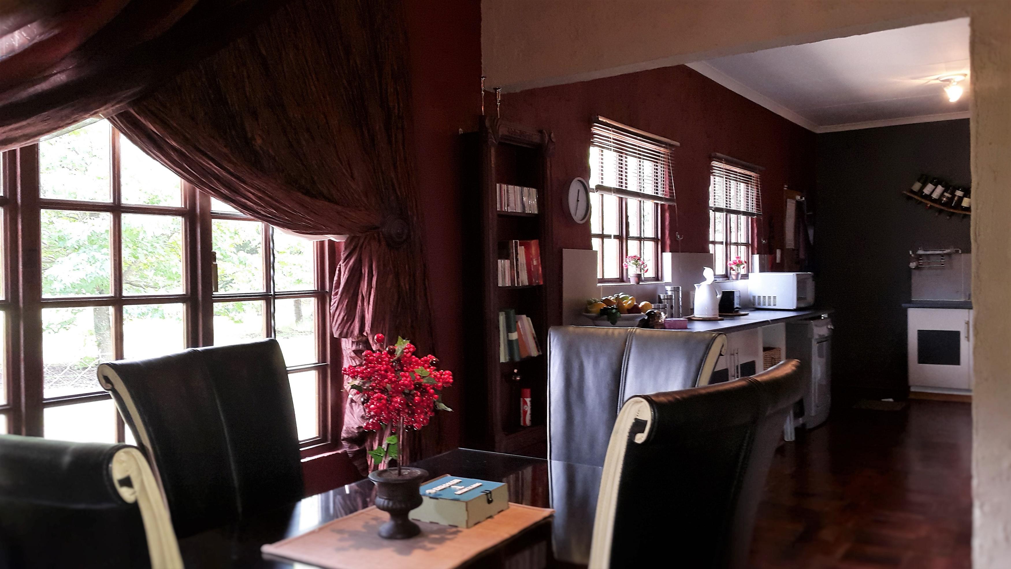 Cottage diningroom