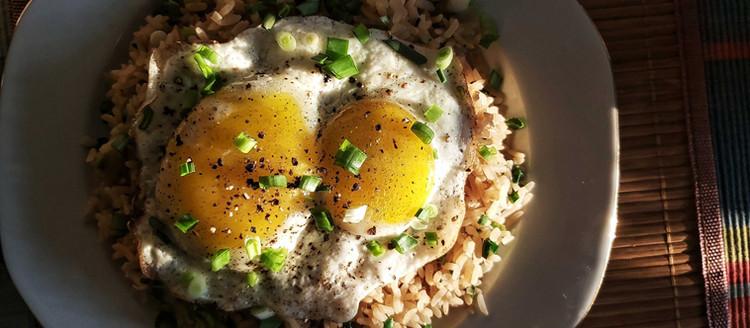 Ouă, da' acuma cu orez