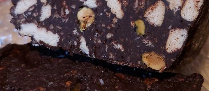 O variantă de salam de biscuiți