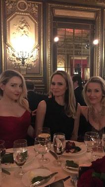 Annie, Alexandra von Stumberg and Sabine Riglos