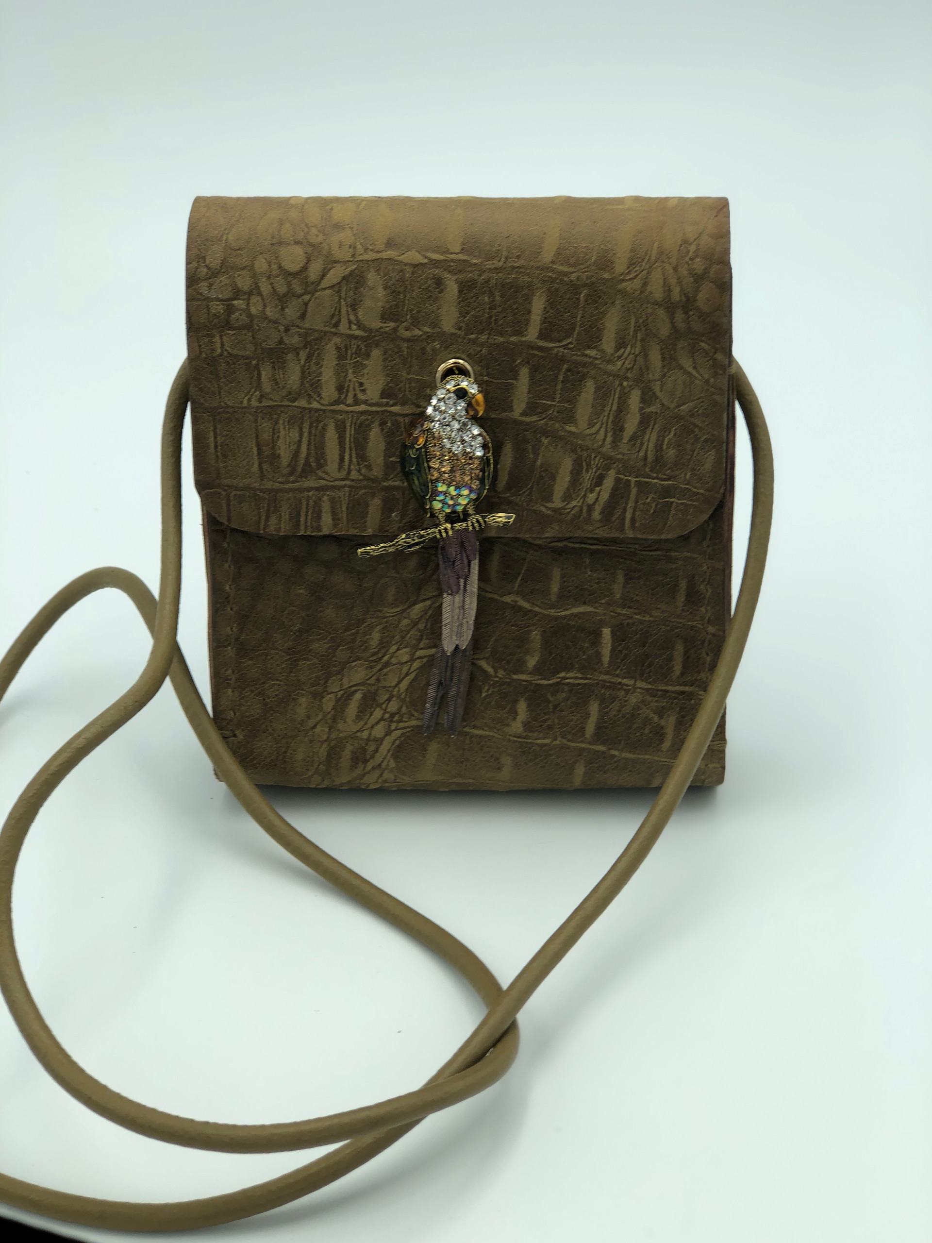 SuziBag - Brown, Parrot