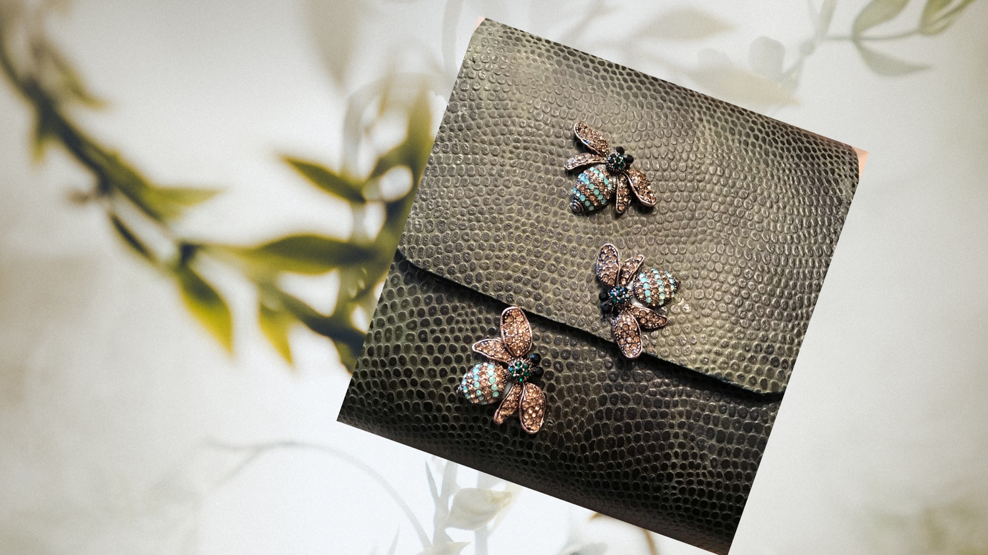 SuziBag - Grey Brown, Bugs