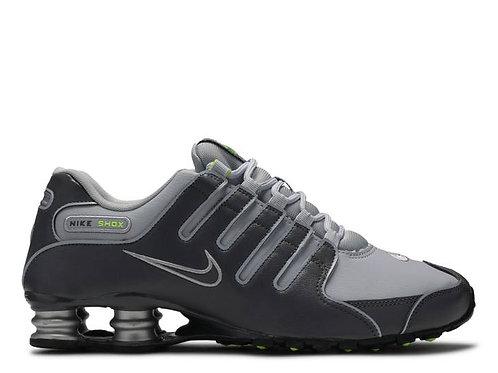 Calzado Nike Shox NZ gris para hombre - 378341-009
