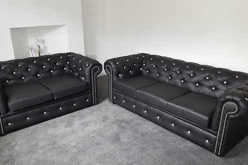 Chesterfield in Black Leather