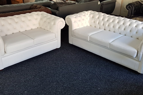 Chesterfield in White Malaga Bonded Leather Deep Buttoning